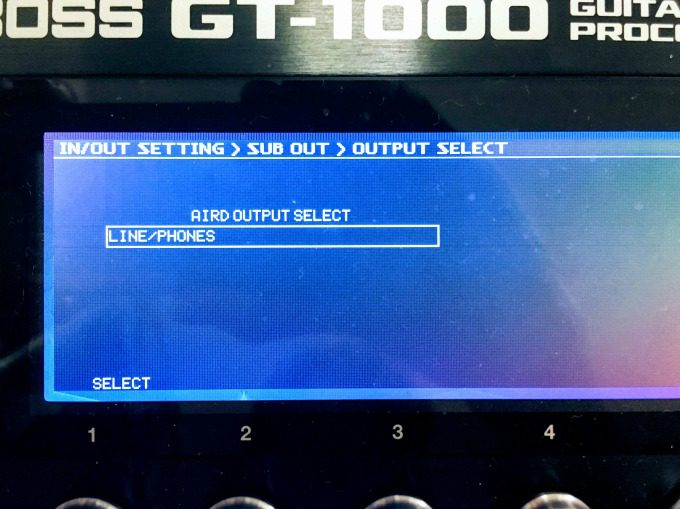 SUB OUTのAIRD OUTPUT SELECT設定画面