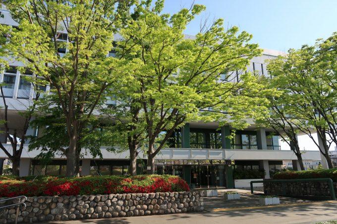 芦屋市役所の外観