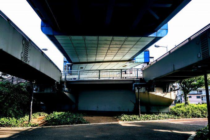 舟渡大橋の高架下