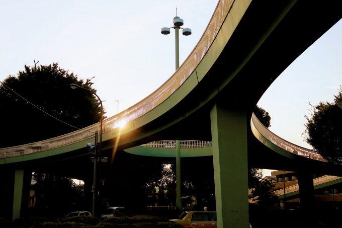 蓮根歩道橋の外観