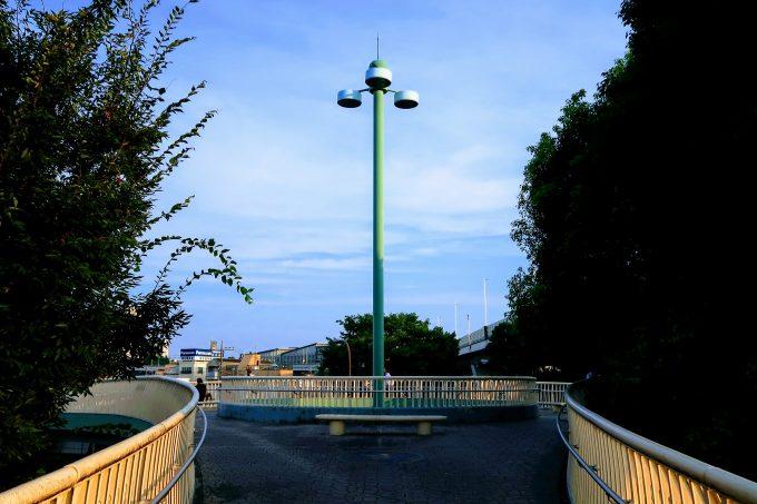 蓮根歩道橋