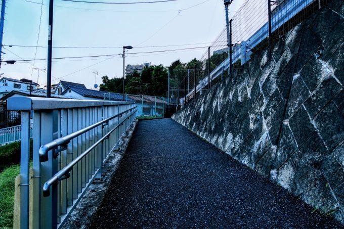 若木公園そばの坂道