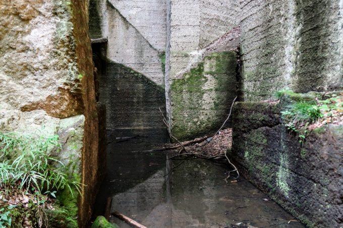 太田藪塚石切場跡