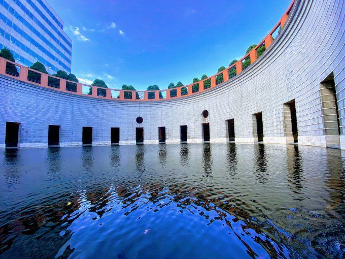 水のホール