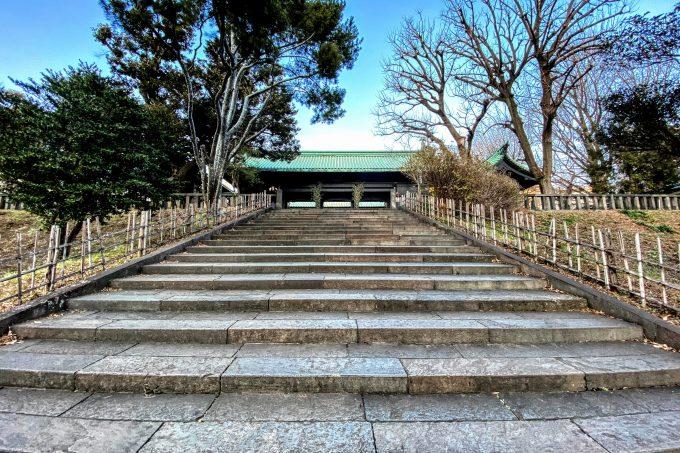 湯島聖堂前の階段